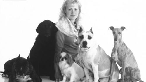 Amy and 5 Dogs from 1985